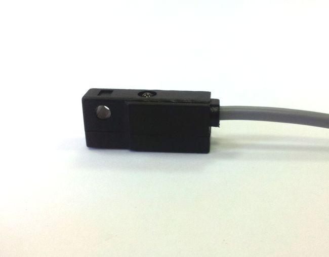 FT21DPO czujnik magnetyczny 3-przewodowy PNP