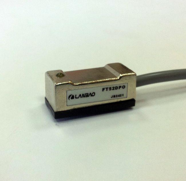 FT52DPO czujnik magnetyczny 3-przewodowy