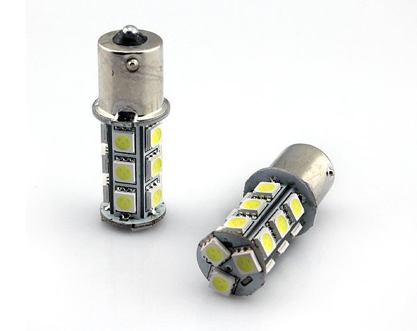 Żarówka LED BA15S do kolumn, światło ciągłe, 24V, 18 diod LED – Super jasnych