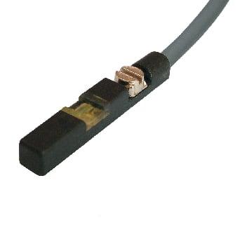 FT-39RD-1m / FT-39RD-2m Czujnik magnetyczny kontaktronowy, rowek T, 3-przew. NO, uniwersalna polaryzacja PNP/NPN, 5..30VDC